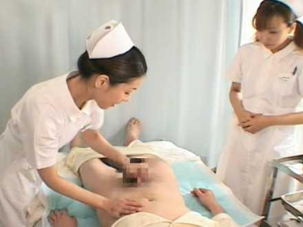 剃毛前に勃起する患者を無表情でガシガシ手コキする看護婦!発射させて「落ち着きました?」