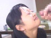 素人女性のフェラ抜き2連発!パイズリも笑顔でチャレンジする健気な姿に大量顔射
