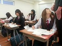 いつでもぶっかけ「イキそう!」合図で授業中でも休み時間でも顔で受け止める制服娘