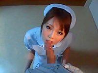 深夜の病院でフェラチオ!勃起してる患者のデカチンを思わずしゃぶって抜いちゃう看護婦