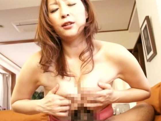 巻き込みパイズリ狭射-8