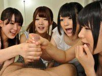 シコシコどっぴゅん手コキ発射!小さい手で激しくシゴく美少女たち